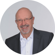 Klaus Meier organisiert Geschäftsprozesse und führt Unternehmen in die digitale Welt